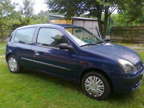 Renault Clio II sprzedam niebieski z małym przebiegiem diesel 9000 PLN nieuszkodzony w Kołbucku