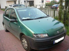 Fiat Punto zielony 9000 PLN cena do negocjacji z kompletem dokumentów nieuszkodzony z małym przebiegiem Warszawa