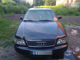 Audi A6 2.6 l sprzedam granatowy nieuszkodzony 5-drzwiowy z małym przebiegiem w Siemianowicach Śląskich