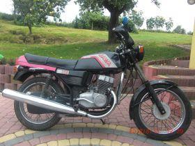 Turystyczny Jawa 350 1990 r sprzedam czarny 1600 PLN cena do negocjacji 32 KM 1990 r Chmielnik