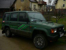 Isuzu Trooper 2.8 l TDI sprzedam zielony nieuszkodzony 4900 PLN cena do negocjacji z autoalermem