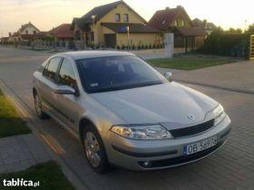 Renault Laguna 2002 r Hatchback sprzedam srebrny nieuszkodzony z małym przebiegiem diesel Grodków