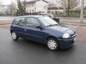 Renault Clio 1.1 l sprzedam granatowy komplet dokumentów z alarmem 5000 PLN benzyna z małym przebiegiem Toruń