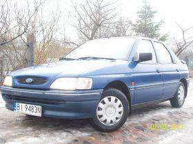 Ford Escort 1.3 l sprzedam granatowy z małym przebiegiem z alarmem nieuszkodzony benzyna + LPG Białystok