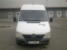 Mercedes Sprinter sprzedam biały 89 KM diesel z małym przebiegiem 20000 PLN Furgon w Krakowie