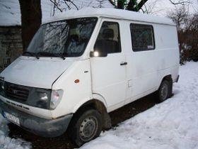 Daewoo Lublin 2.4 l sprzedam biały diesel 4300 PLN cena do negocjacji 4-drzwiowy Bus Krzyżowice