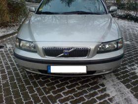 Volvo V70 2004 r Kombi sprzedam z małym przebiegiem nieuszkodzony 9400 PLN diesel Sączkowo