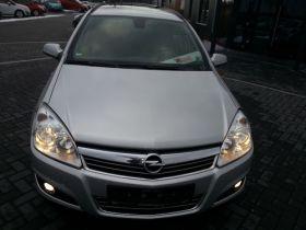 Opel Astra sprzedam nieuszkodzony z małym przebiegiem 185000 PLN diesel w Sosnowcu
