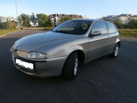 Alfa Romeo 147 sprzedam srebrny ABS ASR ESP 9999 PLN cena do negocjacji z alufelgami Skórzana 105 KM