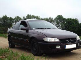 Opel Omega Sedan sprzedam 2800 PLN cena do negocjacji nieuszkodzony benzyna + LPG w Gołdapie