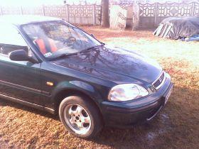 Honda Civic Hatchback sprzedam z małym przebiegiem 90 KM 4100 PLN nieuszkodzony benzyna Płock