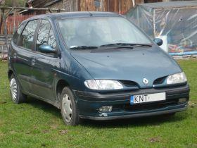 Renault Scenic sprzedam zielony 80 KM ABS 5-drzwiowy z klimatyzacją nieuszkodzony 4200 PLN Nowy Targ