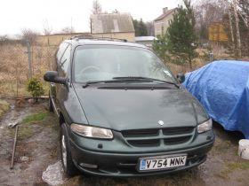 Chrysler Grand Voyager 2000 r Van sprzedam na części z małym przebiegiem benzyna 1800 PLN w Legnicy