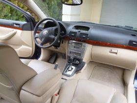 Toyota Avensis 2003 r sprzedam granatowy 29800 PLN benzyna klimatyzacja nieuszkodzony Głogów