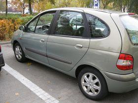 Renault Scenic 2002 r sprzedam zielony ABS klimatyzacja 14500 PLN cena do negocjacji diesel Września