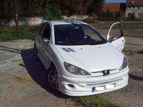Peugeot 206 Hatchback sprzedam biały z przyciemnanymi szybami 7000 PLN cena do negocjacji Żarów
