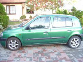 Renault Clio II sprzedam zielony sprowadzony z małym przebiegiem z alufelgami + komplet opon