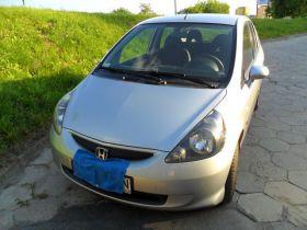 Honda Jazz srebrny z małym przebiegiem sprowadzony nieuszkodzony 20500 PLN cena do negocjacji w Lublinie