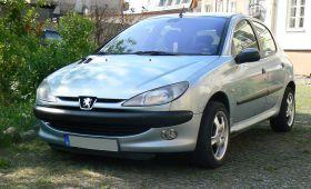 Peugeot 206 sprzedam niebieski z klimatyzacją Welurowa diesel 8700 PLN cena do negocjacji Włocławek