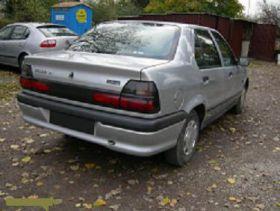 Renault 19 Sedan sprzedam srebrny z małym przebiegiem ABS benzyna + LPG 2000 PLN na gaz Budy