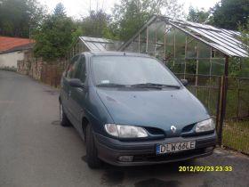Renault Scenic 1.9 l sprzedam niebieski z małym przebiegiem 6500 PLN cena do negocjacji Mirsk