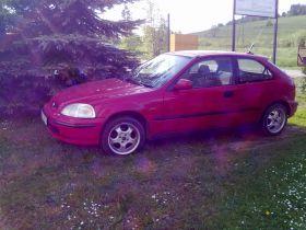 Honda Civic Hatchback sprzedam czerwony 3-drzwiowy benzyna 5500 PLN cena do negocjacji Tylicz