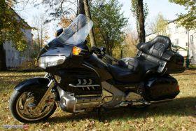 Turystyczny Honda GL 1800 Gold Wing ABS 2008 r sprzedam czarny z podgrzewanymi manetkami 2008 r