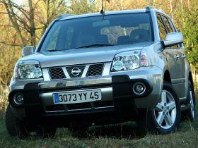 Nissan X-Trail 2006 r SUV sprzedam szary nieuszkodzony diesel szyberdach 41500 PLN sprowadzony Gniezno