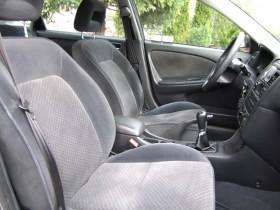Toyota Avensis Terra Plus